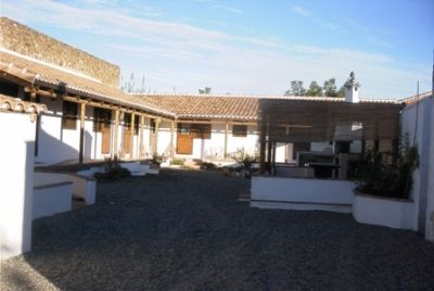 El Corralón (The Stables)